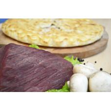 Пирог с мясом , грибами и сыром
